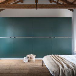 гардероб novamobili (1) Middle sliding door